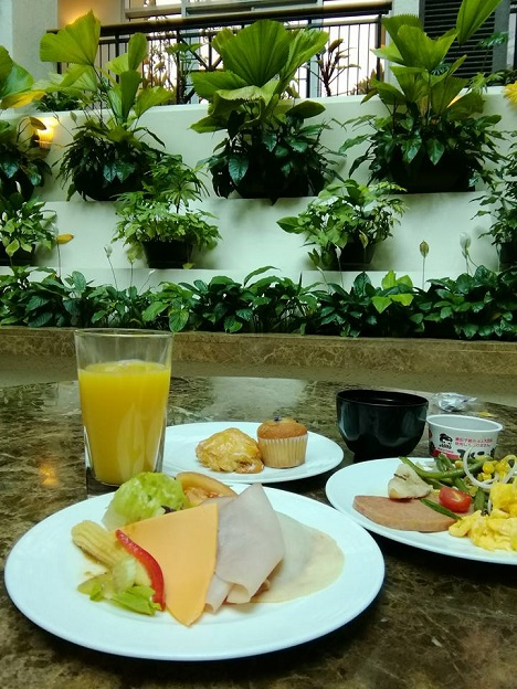 The tasi2日目の朝食4.jpg